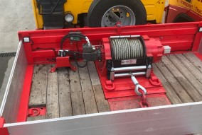 Newly fitted 45000lns Novawinch supplied by Rydam fitted Kassbohrer trailer rs